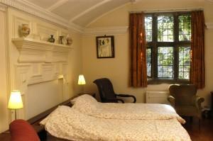 W bedroom