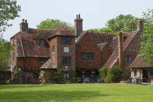 The Manor House at Pekes.